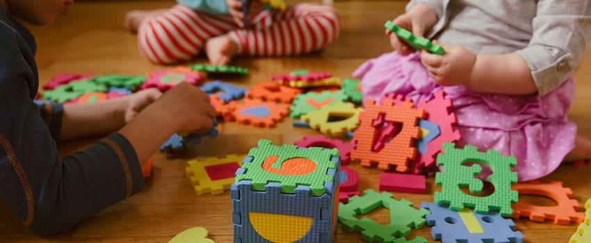 CAPA DO CURSO DE BRINQUEDOTECA E APRENDIZAGEM INFANTIL