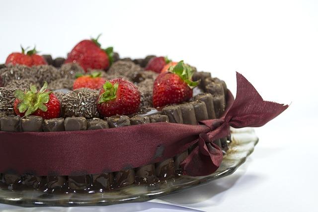 Recheando o bolo