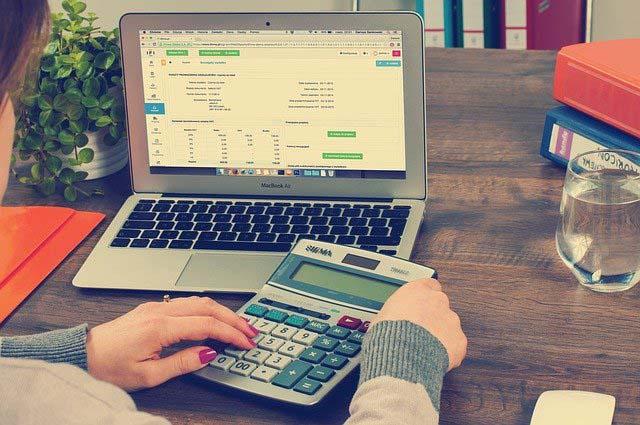 Tenha uma revisão financeira
