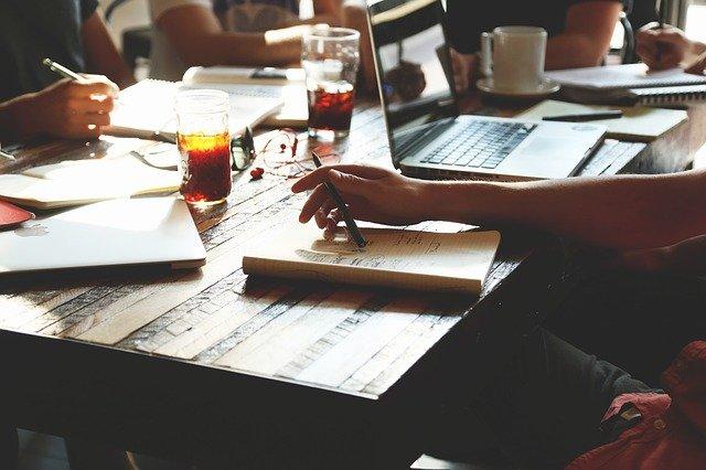 Mensagem automática: 5 vantagens em utilizar na sua estratégia