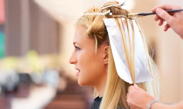 Como é a utilização dos óleos essenciais nos cabelos?