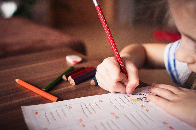 7 brincadeiras e seus benefícios para o desenvolvimento infantil