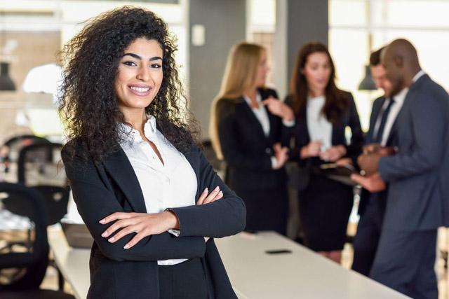Número de mulheres investindo na bolsa mais que dobra nos últimos dois anos