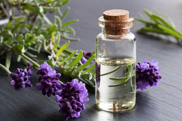 O uso de óleos essenciais para um resfriado