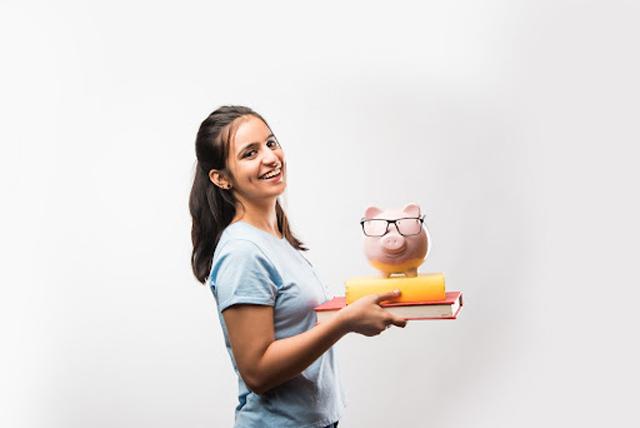 Como oferecer educação financeira para adolescentes